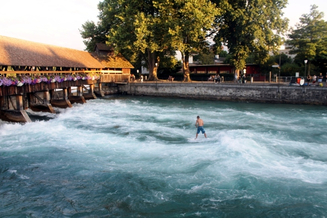 A river surfer - thun